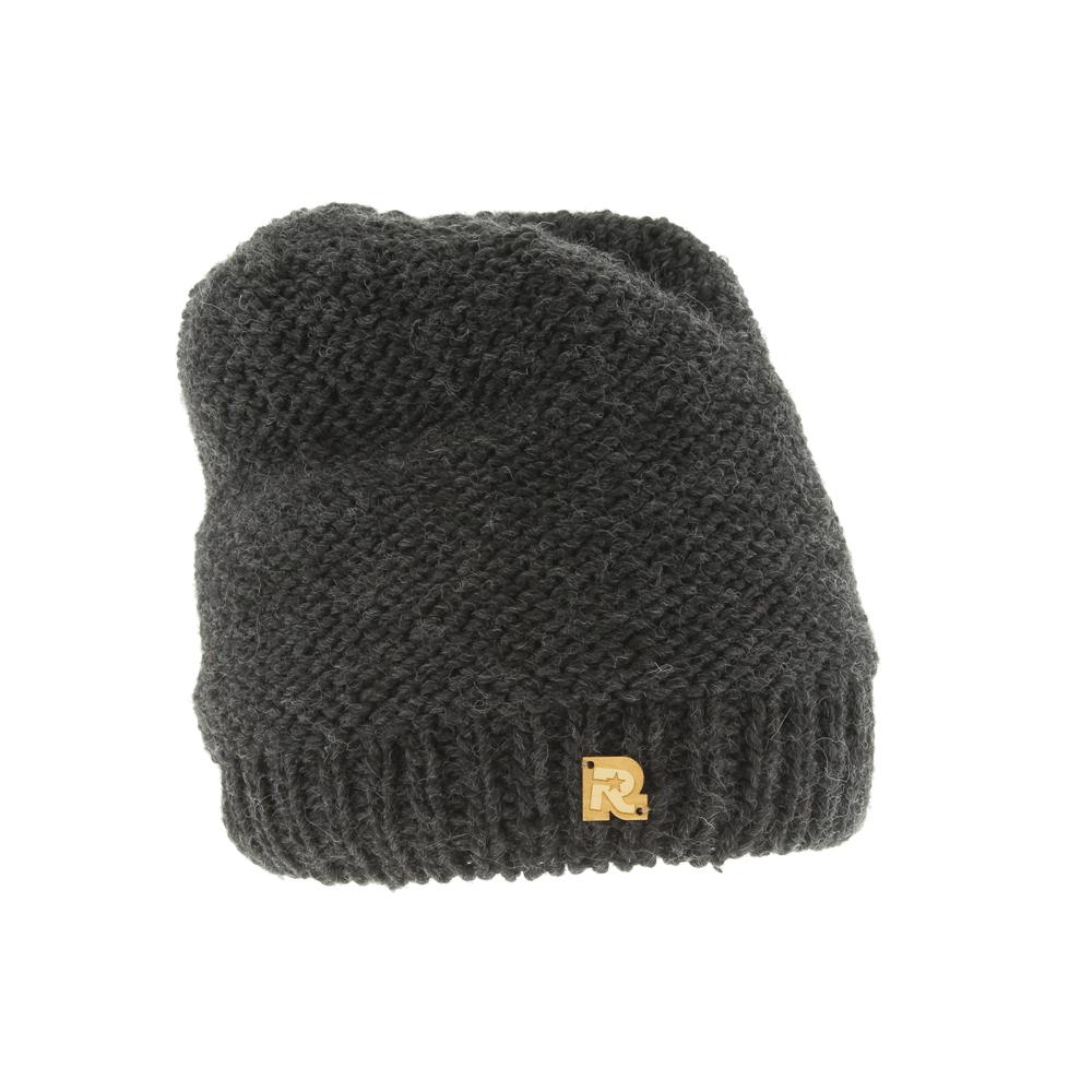ШапкаICE 8147Теплая вязаная шапка R.Mountain выполнена из акрила и натуральной шерсти. Модель оформлена нашивкой в виде логотипа бренда. Подкладка полностью выполнена из ворсистого плюша, который обеспечит тепло и комфорт.