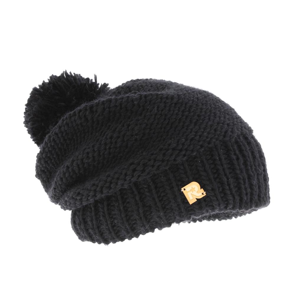ICE 8509Теплая вязаная шапка R.Mountain выполнена из акрила и шерсти. Модель оформлена нашивкой в виде логотипа бренда. Шапка дополнена пушистым помпоном. Подкладка полностью выполнена из ворсистого плюша, который обеспечит тепло и комфорт.