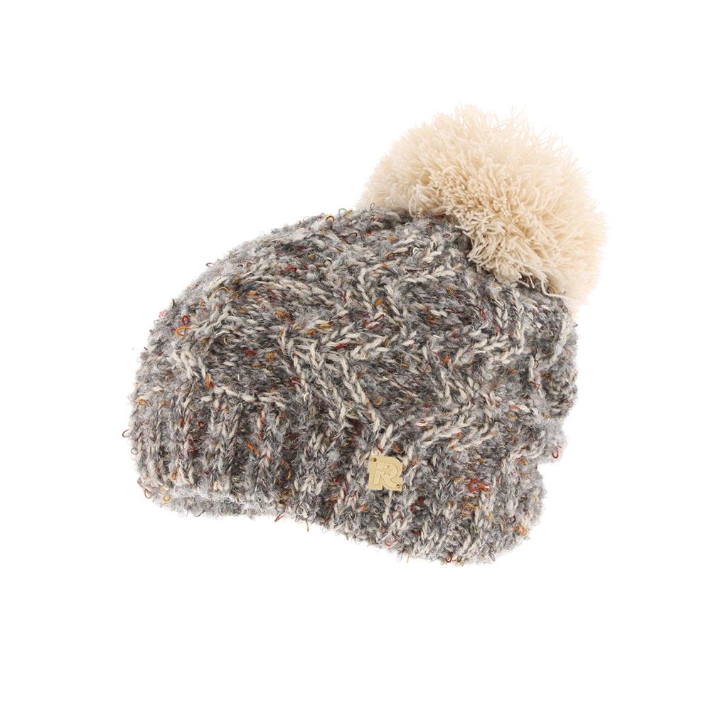ШапкаICE 8516Теплая вязаная шапка R.Mountain полностью выполнена из акрила, приятного на ощупь. Модель оформлена нашивкой в виде логотипа бренда и дополнена пушистым помпоном на макушке. Подкладка полностью выполнена из ворсистого плюша, который обеспечит тепло и комфорт.