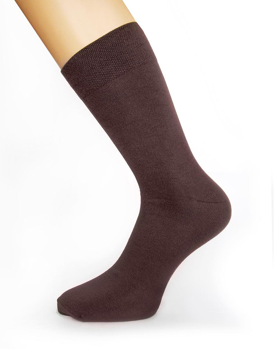 046Стильные мужские носки Touch Gold изготовлены из лучших сортов длинноволокнистого хлопка с добавлением эластановых волокон, которые обеспечивают повышенную износостойкость и превосходную посадку. Модель со стандартным паголенком на широкой эластичной резинки оформлена в лаконичном дизайне.