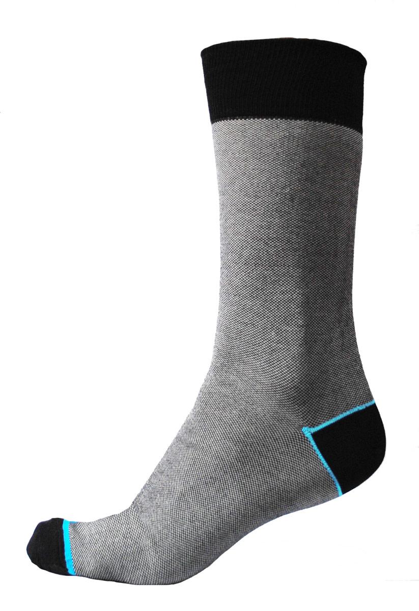 НоскиC701Мужские носки Burlesco изготовлены из высококачественного хлопка с добавлением нейлоновых волокон. Носки комфортно прилегают к ноге без образования складок. Идеальны для повседневной носки. Изделие оснащено широкой эластичной мягкой резинкой. Мысок и пятка усилены.