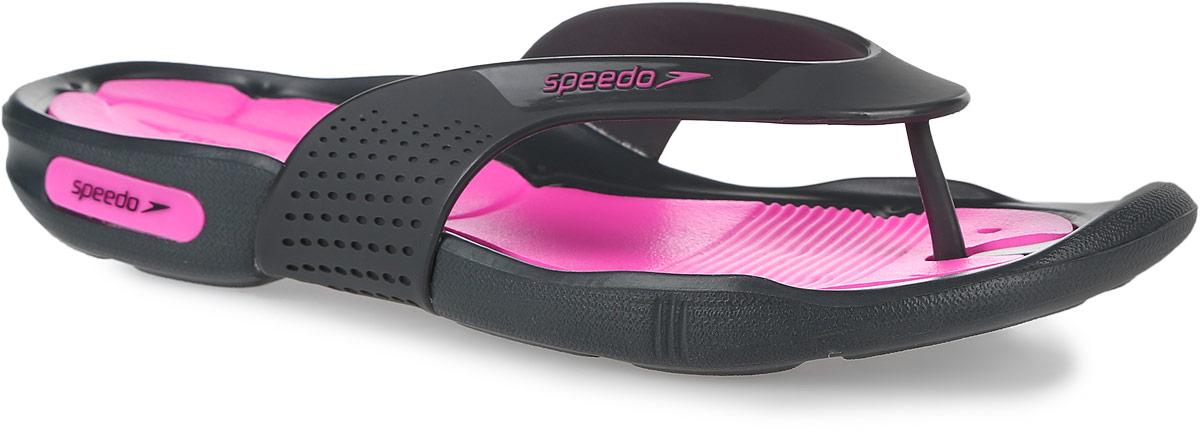 8-09189A600-A600Оригинальные женские сланцы Speedo Pool Surfer Thong очень удобны и невероятно легки. Верх обуви выполнен из термополиуретана и оформлен брендовой надписью. Эргономичная стелька из материала ЭВА, который имеет пористую структуру, обладает великолепными теплоизоляционными и морозостойкими свойствами, 100% водонепроницаемостью, придает обуви амортизационные свойства, мягкость при ходьбе, устойчивость к истиранию подошвы. Специальный рисунок подошвы как с внутренней, так и с внешней стороны, гарантирует оптимальное сцепление при ходьбе, как по сухой, так и по влажной поверхности. Дренажные каналы на подошве распределяют воду, увеличивая для подошвы площадь контакта и обеспечивая максимальное сцепление с мокрой поверхностью. Сланцы - очень практичная и удобная летняя обувь. Они прекрасно подойдут для прогулок по пляжу или для похода в бассейн.