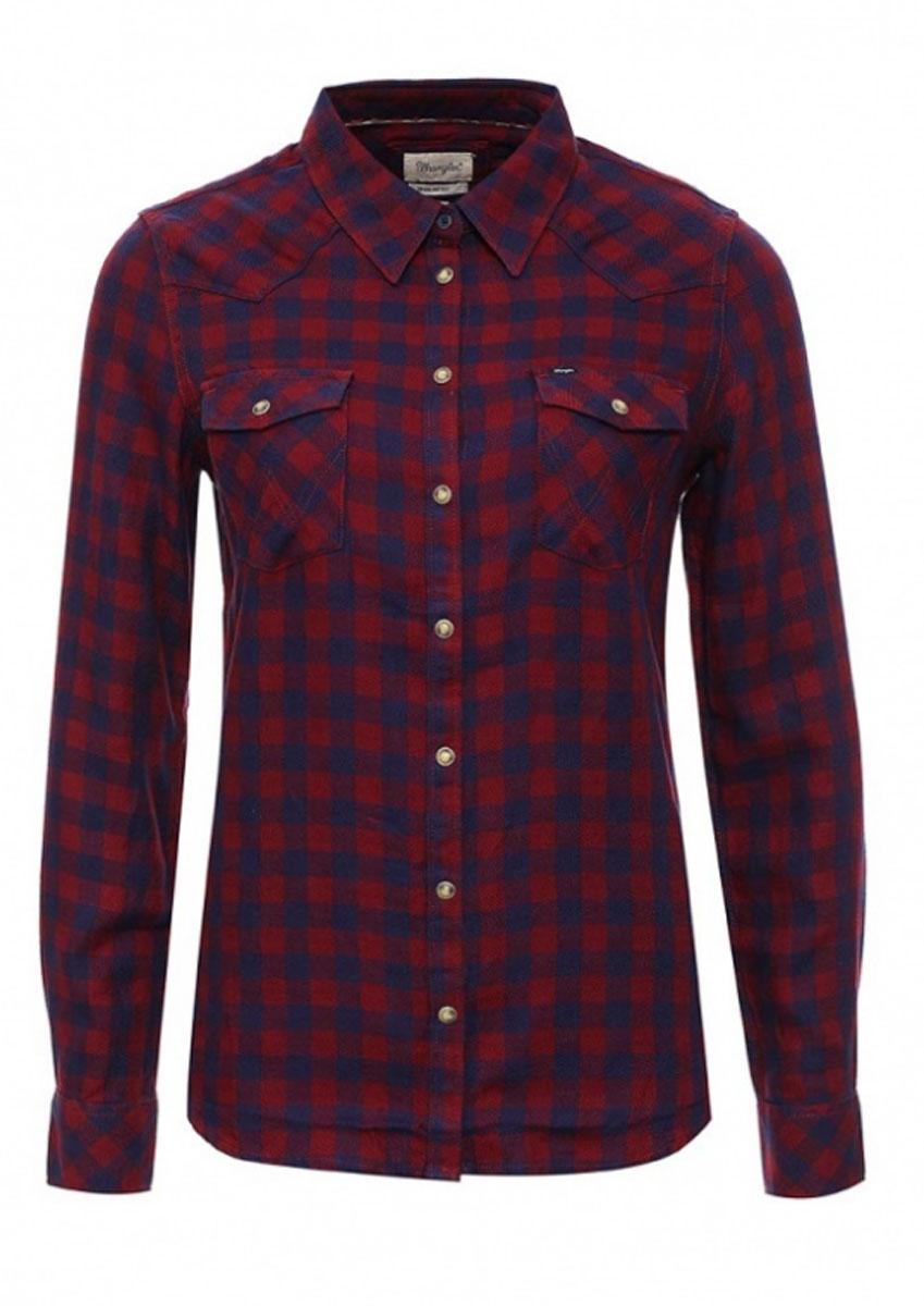 РубашкаW5045CARIСимпатичная женская рубашка Wrangler, изготовлена из высококачественного материала. Модная рубашка с длинными рукавами и отложным воротником, застегивается на кнопки по всей длине и пуговицу на воротничке. Спереди модель дополнена двумя накладными карманами с клапанами на кнопках. Оформлена модель принтом в клетку.