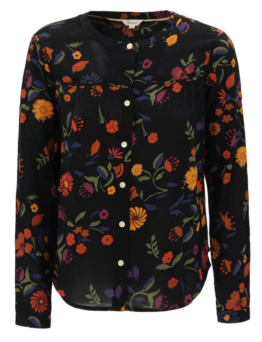 БлузкаW5181ME00Женская блуза Wrangler с длинными рукавами и круглым вырезом горловины выполнена из вискозы. Блузка имеет свободный крой и застегивается на пуговицы спереди. Манжеты рукавов также застегиваются на пуговицы. На спинке блузка дополнена разрезом до горловины.