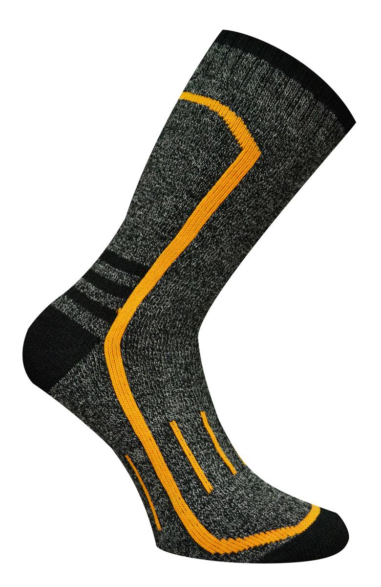 88420Носки Master Socks изготовлены из полиакриловых нитей, натурального хлопка, полиамида и эластана, которые обеспечивают отличную посадку. Модель с удлиненным паголенком оформлена вязаным принтом. Эластичная резинка плотно облегает ногу, не сдавливая ее, обеспечивает удобство.
