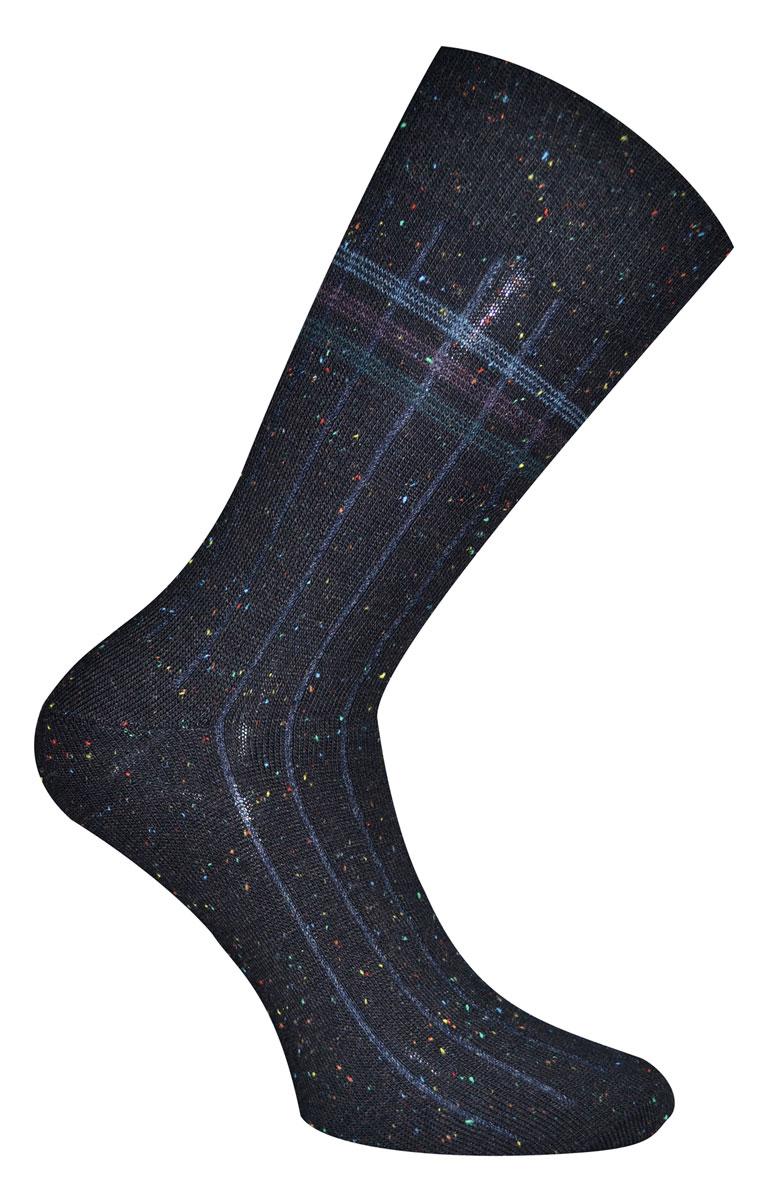 88108Носки Master Socks Soft Cotton изготовлены из натурального хлопка, акрила и полиамида с добавлением эластана, который обеспечивает отличную посадку. Модель с удлиненным паголенком оформлена оригинальным принтом. Эластичная резинка плотно облегает ногу, не сдавливая ее, обеспечивает удобство.