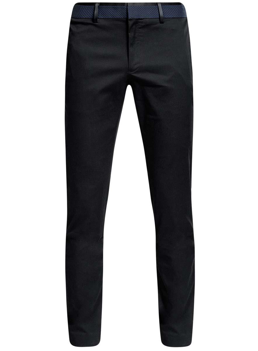 Брюки2L210181M/39254N/2979BСтильные мужские брюки oodji Lab выполнены из хлопка с добавлением полиуретана. Модель-слим стандартной посадки застегивается на крючок в поясе и ширинку на застежке-молнии, с внутренней стороны - на пуговицу. Пояс имеет шлевки для ремня и дополнен вставкой с оригинальным принтом. Спереди и сзади брюки дополнены двумя прорезными карманами.
