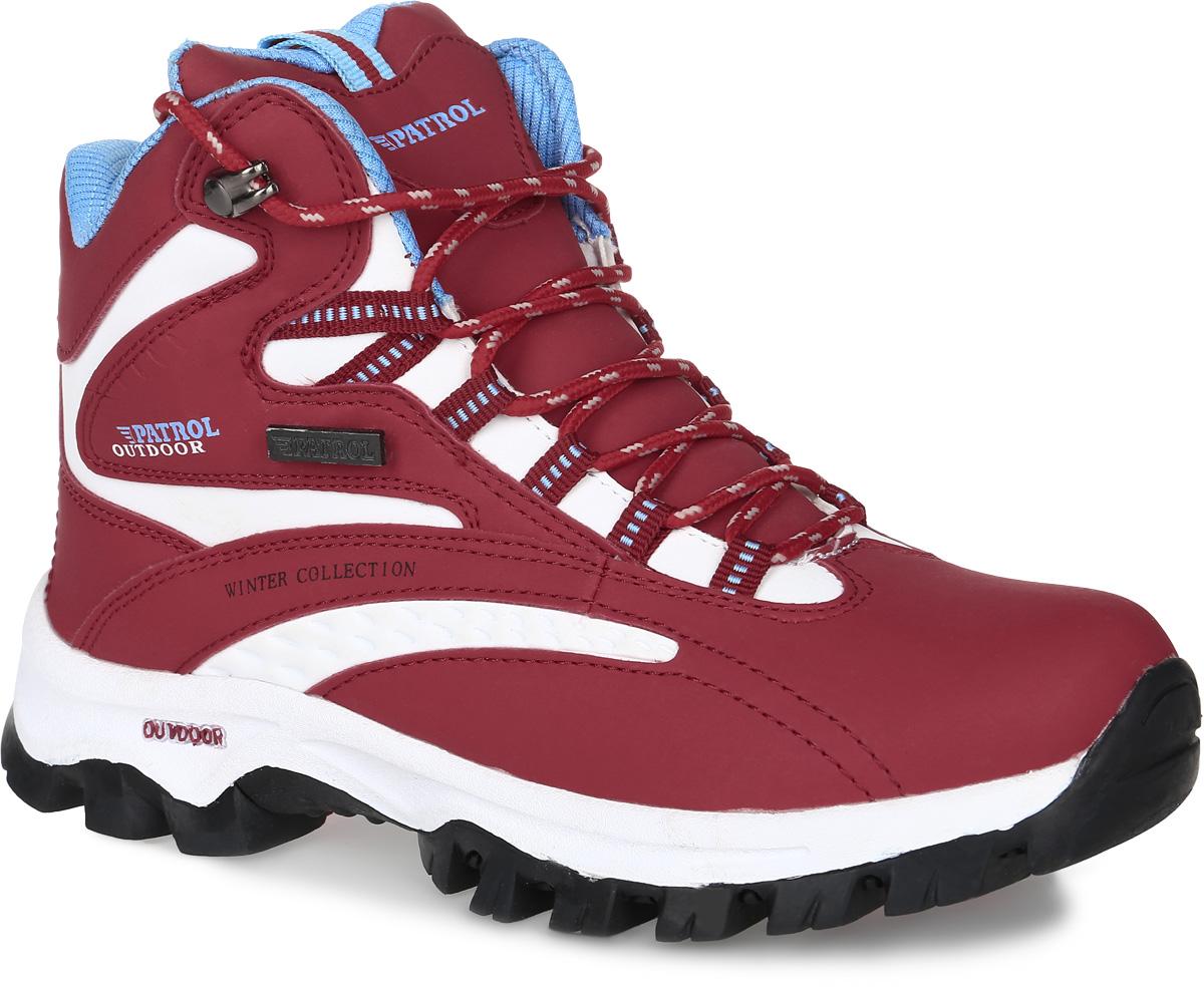 Ботинки232-005IM-17w-01-10/5Женские ботинки от Patrol прекрасно подойдут для активного отдыха и пеших прогулок. Модель выполнена из искусственной кожи. Подкладка, исполненная из искусственного меха, сохранит ваши ноги в тепле. Съемная стелька EVA с поверхностью из искусственного меха обеспечивает отличную амортизацию и максимальный комфорт. Шнуровка позволяет оптимально зафиксировать модель на ноге. Подошва с протектором гарантирует надежное сцепление на любых поверхностях.