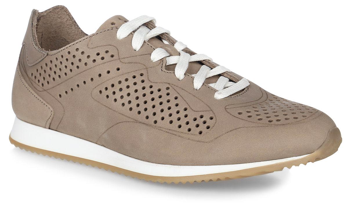 BREAKY-5757Стильные женские кроссовки Breaky от TBS - модель для ценителей современной качественной обуви. Модель выполнена из натуральной кожи и дополнена перфорацией. Внутренняя поверхность и стелька из кожи обеспечат комфорт и уют вашим ногам. Подошва из прочного каучука гарантирует длительную носку и сцепление с любой поверхностью. Классическая шнуровка надежно фиксирует обувь на ноге.