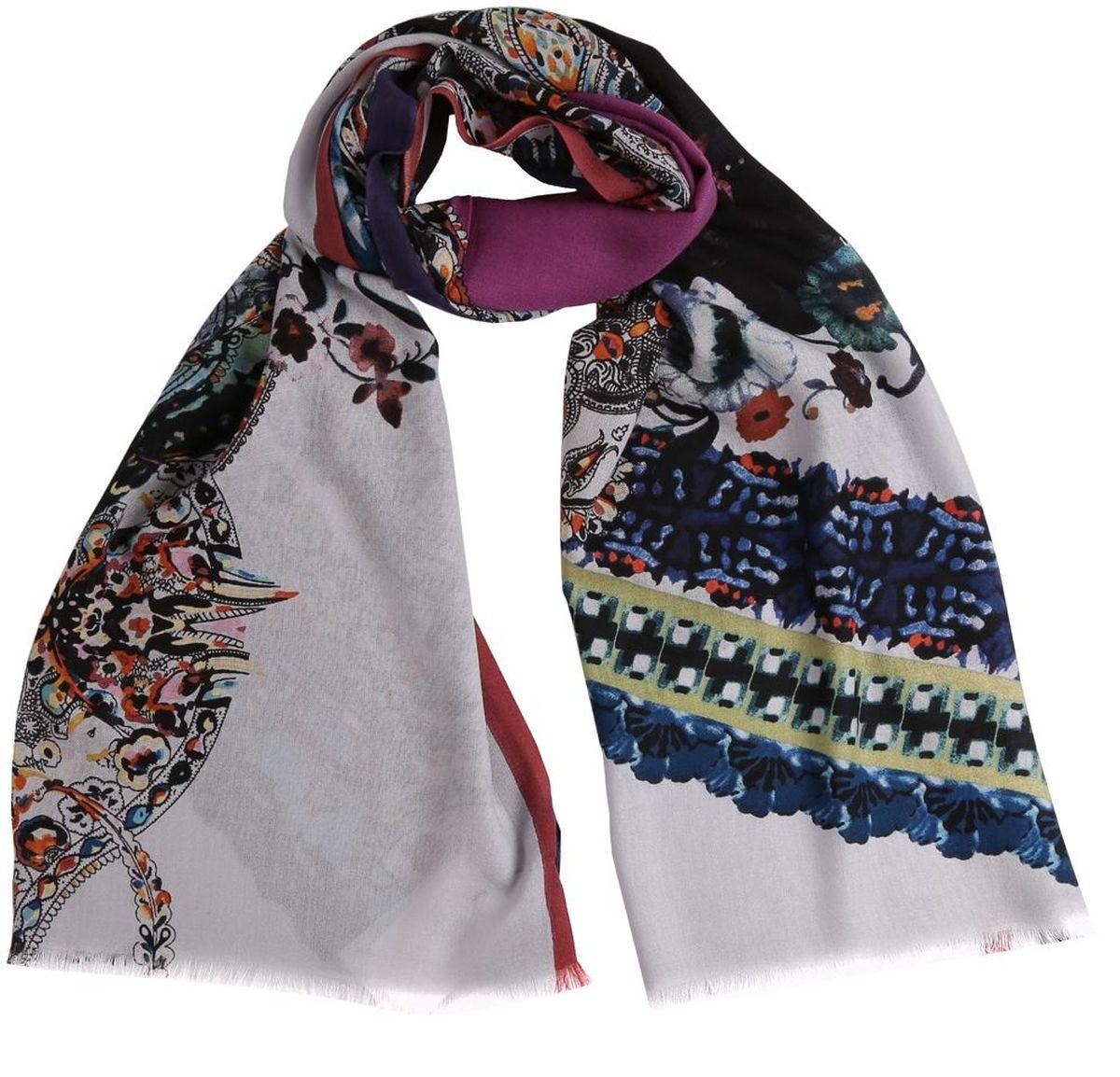 20123-1Женский палантин Leo Ventoni теплый и мягкий, оформлен оригинальным принтом. С таким аксессуаром в любую погоду вам будет уютно и тепло.