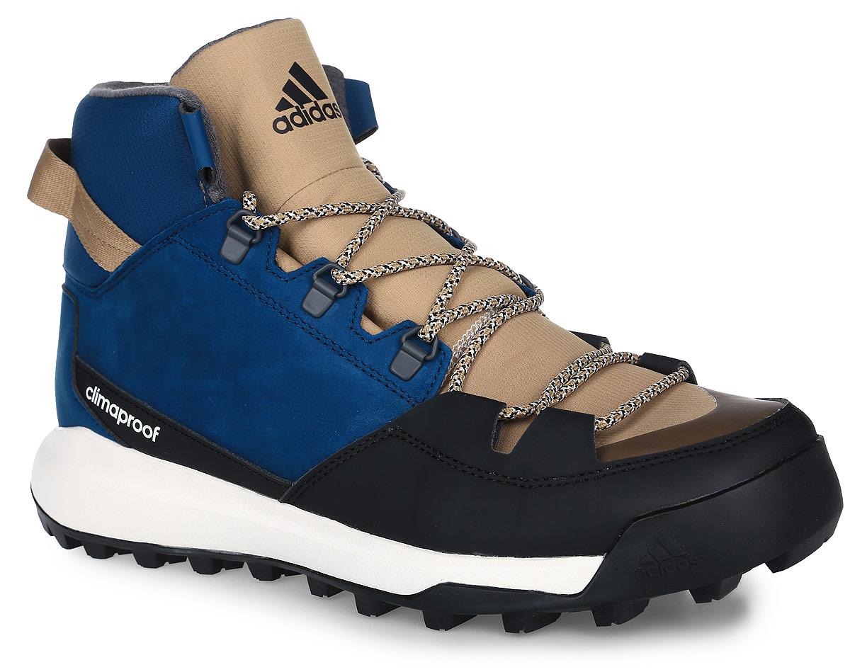AQ6571Мужские туристические ботинки CW Winterpitch Mid от adidas с водонепроницаемой мембраной Climaproof защищают ноги от влаги в суровых условиях зимнего хайкинга и на городских улицах. Модель выполнена из натурального нубука в средней части стопы со вставками из износостойких искусственных материалов и материала Ripstop для дополнительной защиты. Резиновая подошва Stealth обеспечивает непревзойденное сцепление на скользких поверхностях. На пятке расположен ремешок для удобства надевания и сниания. Классическая шнуровка надежно зафиксирует модель на ноге.