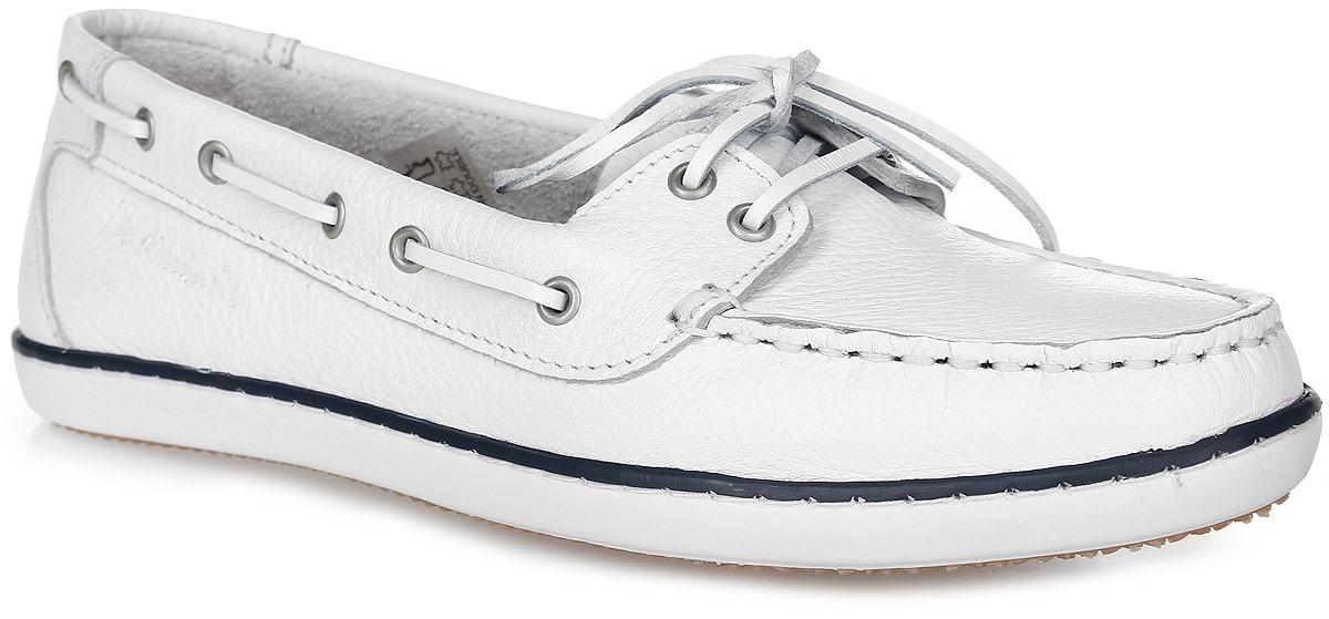 CLAMER-4791Стильные женские топсайдеры Clamer от TBS комфортно и уверенно сидят на ноге. Модель выполнена из натуральной кожи, мысок прострочен, по бокам модель украшена декоративным шнурком. Верх модели регулируется шнуровкой. Внутренняя поверхность и стелька из кожи обеспечат комфорт и уют вашим ногам. Подошва из прочного каучука гарантирует длительную носку и сцепление с любой поверхностью. Эти топсайдеры легкие и комфортные в носке.
