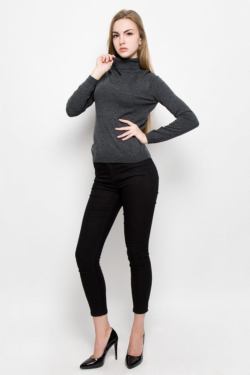Свитер10156855_826Женский свитер Broadway Sahina изготовлен из высококачественной комбинированной пряжи из акрила с добавлением шерсти и нейлона. Свитер с длинными рукавами и воротником-гольф имеет классический крой. Воротник, манжеты рукавов и низ свитера связаны резинкой.