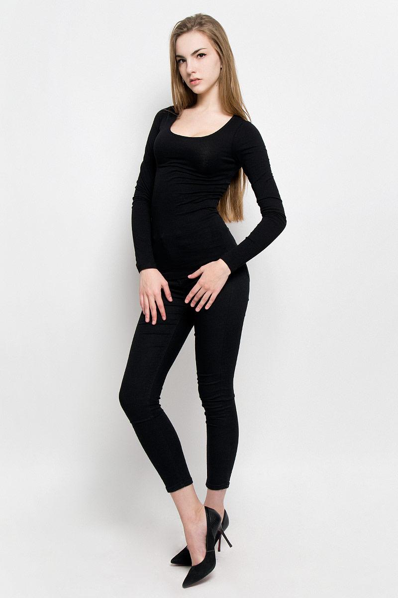 10156860_001Женский лонгслив Broadway Alessia изготовлен из эластичного хлопка. Модель с круглым вырезом горловины и длинными рукавами выполнена в лаконичном дизайне.