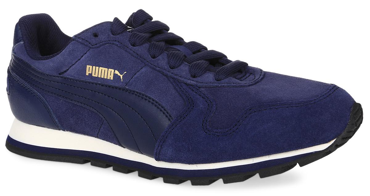 35912804Стильные кроссовки ST Runner SD от Puma идеальная обувь для активных людей. Модель выполнена из натуральной замши и дополнена вставками из натуральной кожи. Подкладка выполнена из текстиля. Стелька из ЭВА с текстильной поверхностью комфортна при ходьбе. Шнуровка надежно фиксирует изделие на ноге. На язычке, на заднике и сбоку изделие оформлено фирменным логотипом. Гибкая резиновая подошва обеспечивает полную свободу движений. Удобные кроссовки - выбор истинных ценителей активного образа жизни.