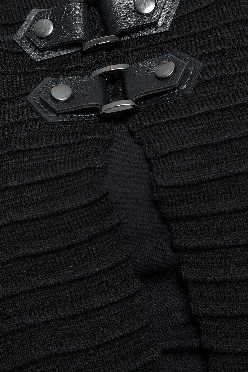 987Женский жакет Milana Style выполнен из шерсти с добавлением ПАН. Модель с рукавами 3/4 и круглым вырезом горловины застегивается на два хлястика с кнопками на груди. Изделие имеет оригинальный объемный вязаный узор в полоску.