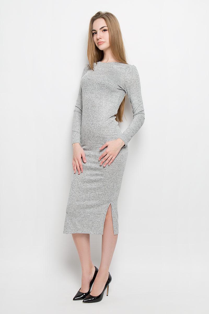 Платье10156896_807Модное платье Broadway Serena поможет создать отличный современный образ. Модель изготовлена из вискозы с добавлением полиэстера и эластана. Платье-миди с круглым вырезом горловины и длинными рукавами дополнено снизу по боковым сторонам разрезами.