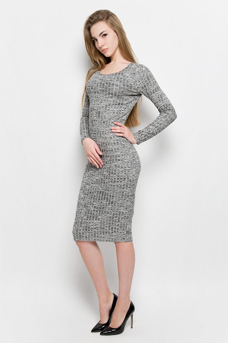 Платье10156900_833Платье Broadway Saylor выполнено из вискозы с добавлением полиэстера и эластана. Модель средней длины с длинными рукавами имеет круглый вырез горловины. Платье дополнено непрозрачной подкладкой из полиэстера.