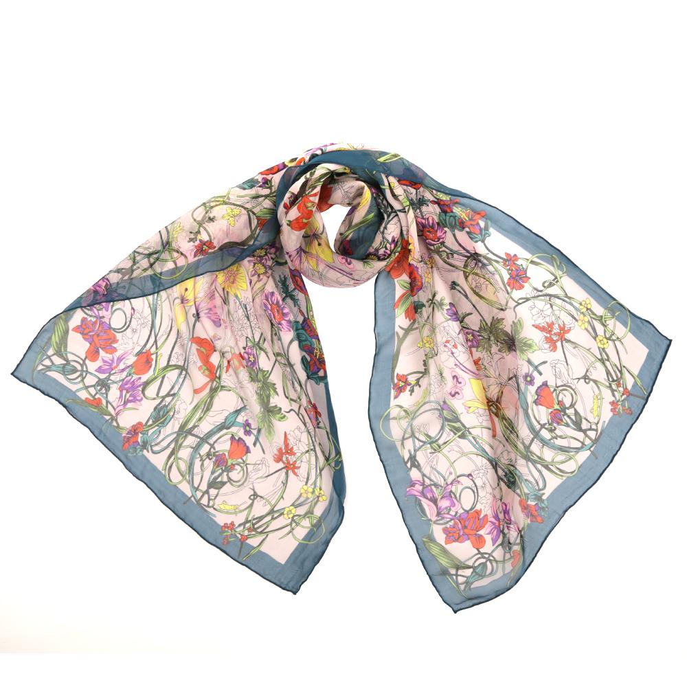 7193-2Женский шарф Fabretti из 100% шелка - добавит изюминку в ваш образ. Оформлен оригинальным принтом.