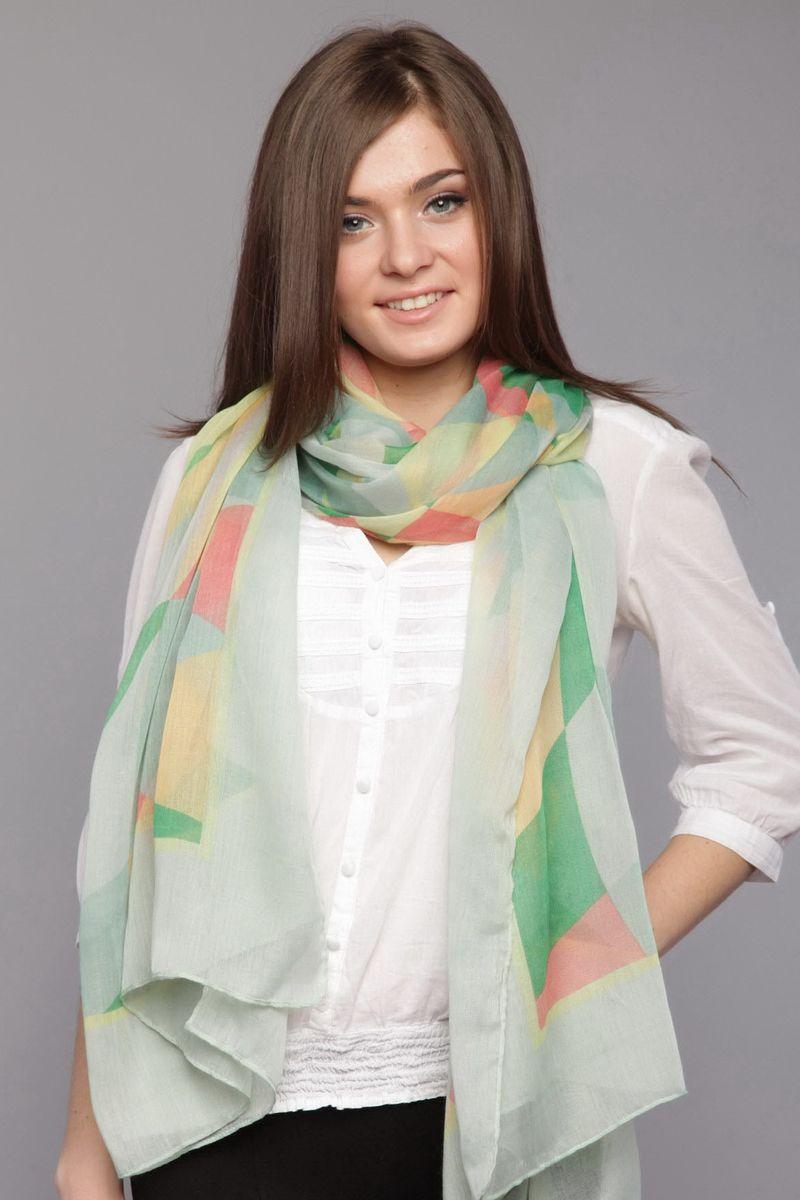 ПалантинRS-0018-1Стильный женский палантин Laura Milano станет великолепным завершением любого наряда. Палантин изготовлен из вискозы с добавлением шелка и оформлен геометрическим принтом. Изящный палантин поможет вам создать изысканный женственный образ, а также согреет в непогоду.