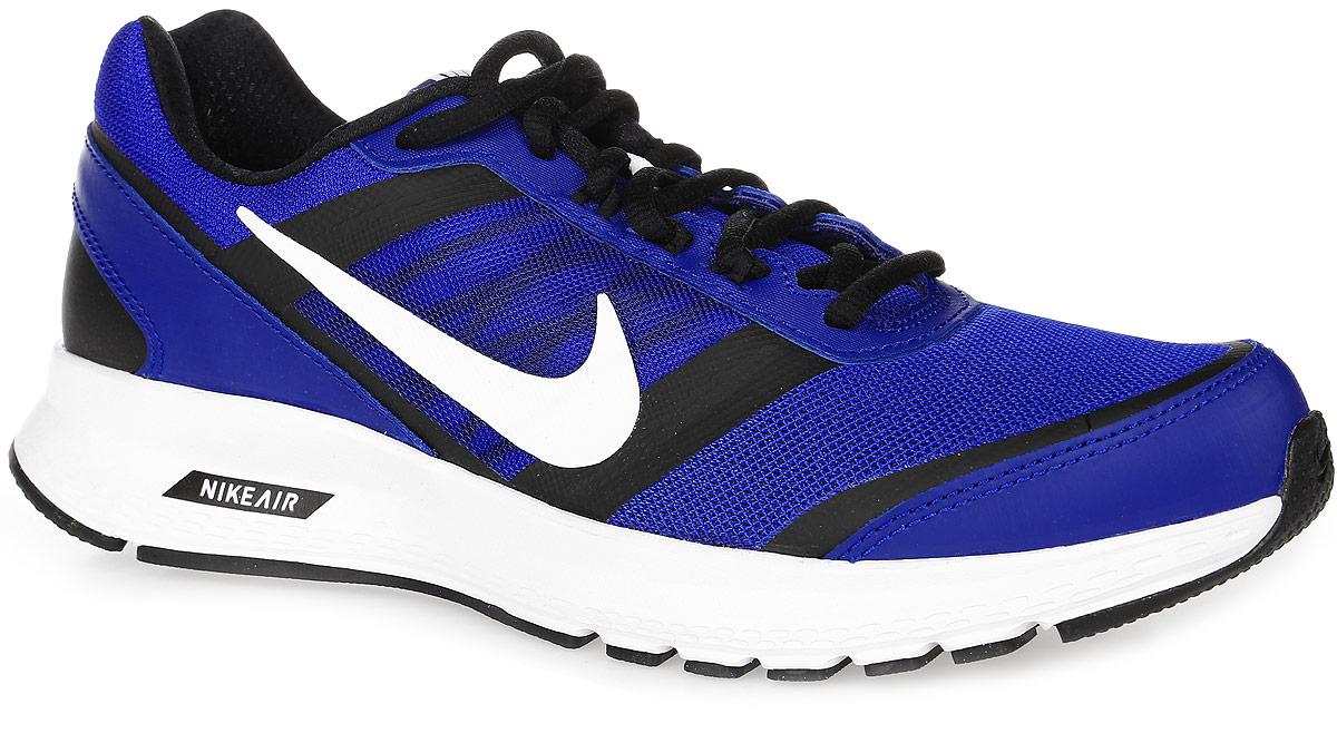 807092-001Мужские беговые кроссовки Nike Air Relentless 5 обеспечивают невесомый комфорт для ежедневных тренировок. Модель выполнена из комбинации натуральной, синтетической кожи и сетчатого текстиля, создающих выдающуюся форму верха с превосходной вентиляцией и поддержкой для максимальной естественности движений во время пробежки и комфорта в течение всего дня. Подъем оформлен классической шнуровкой, которая надежно фиксирует обувь на ноге и регулирует объем. Подкладка и стелька, которая идеально подстраивается под анатомические контуры стопы, изготовлены из текстиля. По бокам кроссовки декорированы символикой бренда. Язычок дополнен текстильной нашивкой. Пеноматериал Reslon и модуль Nike Air в легкой промежуточной подошве гарантируют непревзойденный комфорт во время бега. Система поддержки средней части стопы обеспечивает надежную фиксацию. Амортизация промежуточной подошвы гарантирует мягкость движений. Защитный барьер по краям подошвы для мягкого перехода с пятки на носок. Резиновая подошва...