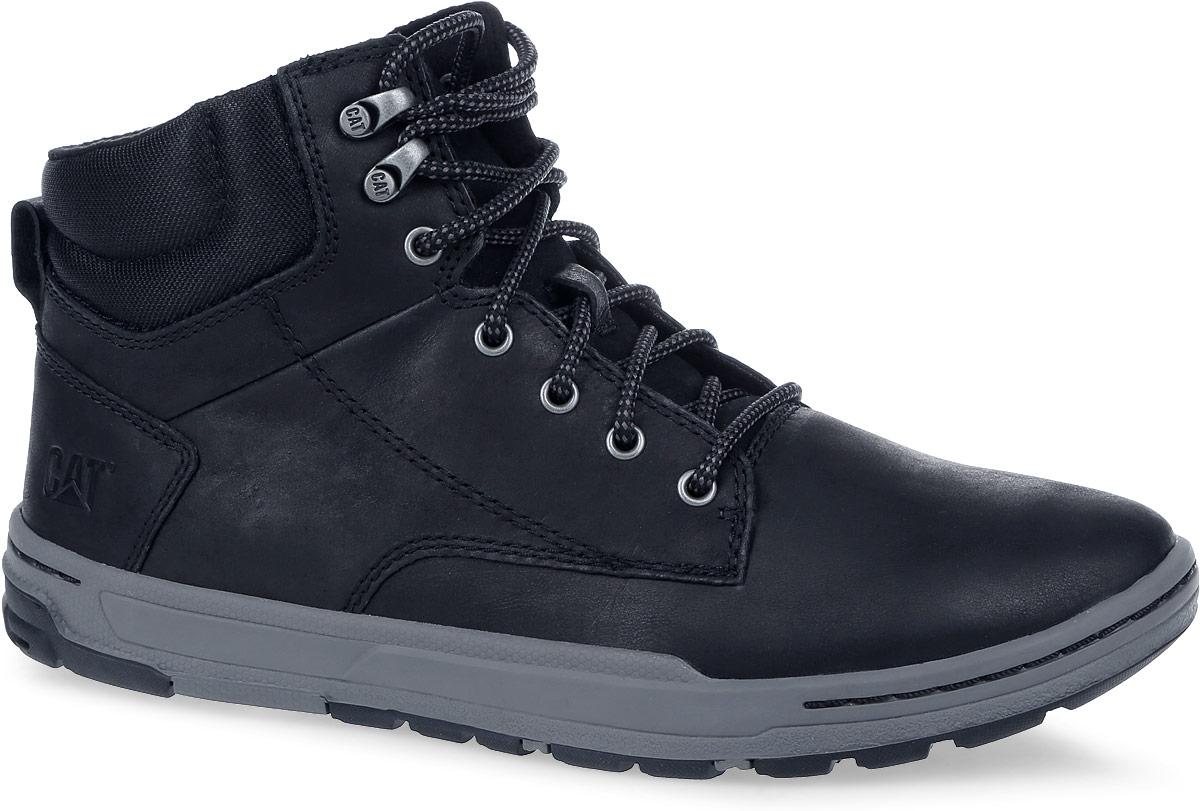 P720279Стильные мужские ботинки Colfax Mid от Caterpillar с утеплителем из флиса надежно защитят вас от холода. Верх выполнен из натуральной кожи со вставками из полиуретана. Подкладка изготовлена из мягкого текстильного материала, позволяющего сохранять ваши ноги в тепле. Шнуровка надежно фиксирует модель на ноге. Стельки из EVA обеспечивают комфортное положение стопы и амортизацию. Резиновая подошва с крупным протектором обеспечивает хорошее сцепление с поверхностью. Такие ботинки отлично подойдут для каждодневного использования и подчеркнут ваш стиль и индивидуальность.
