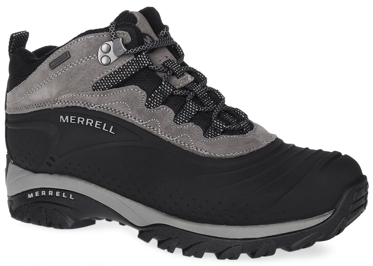 J164498CУдобные трекинговые мужские ботинки Storm Trekker 6 от Merrell прекрасно подойдут для активного отдыха в холодное время. Конструкция Waterproof . Верх модели выполнен из натуральной замши и термополиуретана двойной плотности, который надежно защитит от проникновения влаги. Подкладка Merrell Conductor из мягкого флиса защитит ноги от холода и обеспечит комфорт. Шнуровка надежно фиксирует модель на ноге. Вшитый язычок из дышащего текстиля защищает стопу от попадания щебня внутрь ботинка. Утеплитель Merrell Opti-Warm 200 сохранит ваши ноги в тепле на длительный период. Ботинки оформлены вставками из текстиля, прострочкой контрастного цвета, сбоку рельефной надписью в виде названия бренда, на язычке логотипом Merrell. Промежуточная подошва выполнена из ЭВА с Air Cushion - гибкого, легкого материала обладающего отличной амортизацией, который стабилизирует и защищает от ударов стопу. Подошва Artic Chill из резины с рельефным протектором обеспечивает отличное сцепление на любой...