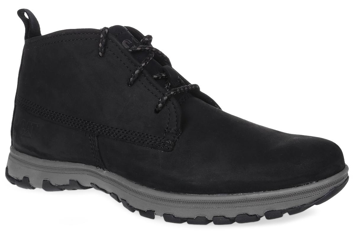 БотинкиP720613Утепленные мужские ботинки Caterpillar Cue Fleece для путешествий и активного отдыха сочетают в себе классический верх и спортивную облегченную подошву, также идеальны для городских прогулок. Верх ботинок выполнен из натуральной кожи, а утеплитель - из флиса, что позволяет чувствовать себя комфортно в любую погоду. Антиабразивные компоненты подошвы гарантируют прочность и долгий срок службы без трещин и разрывов. Резиновая подошва обеспечивает высокую степень надежности и сцепление на поверхности. Облегченная подошва, делает ботинок невесомым. Классическая шнуровка надежно фиксирует обувь на ноге.