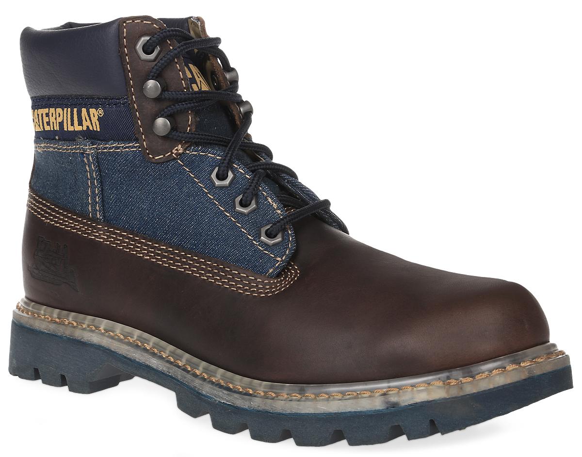 P716087Стильные мужские ботинки Colorado Jeans от Caterpillar надежно защитят вас от холода. Верх выполнен из натуральной кожи со вставками из джинсы и полиуретана. Подкладка изготовлена из мягкого текстильного материала, позволяющего сохранять ваши ноги в тепле. Шнуровка надежно фиксирует модель на ноге. Оформлено изделие по бокам и на язычке нашивками с названием и логотипом бренда, а сбоку на пятке - тиснением в виде бульдозера. Стельки из EVA обеспечивают комфортное положение стопы и амортизацию. Резиновая подошва с крупным протектором обеспечивает хорошее сцепление с поверхностью. В модели использована конструкция Coodyear Welt с добавлением каучука - успех долговечности ботинка. Такие ботинки отлично подойдут для каждодневного использования и подчеркнут ваш стиль и индивидуальность.