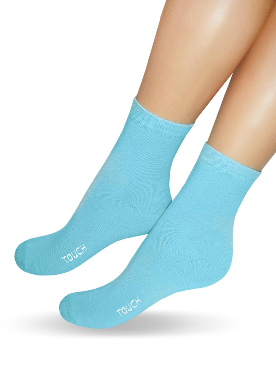 Носки200_ПодругеКлассические женские носки Touch Gold изготовлены из лучших сортов хлопка с добавлением эластановых волокон, которые обеспечивают повышенную износостойкость и превосходную посадку. Модель со стандартным паголенком оформлена в лаконичном дизайне и дополнена оригинальной этикеткой-открыткой. Такие носочки послужат отличным вариантом для подарка.