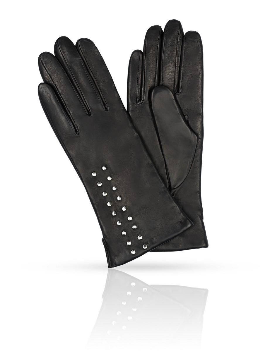 K11-BOTONY/BLЖенские перчатки Michel Katana не только защитят ваши руки, но и станут великолепным украшением. Перчатки выполнены из натуральной кожи, а подкладка - из высококачественной шерсти. Модель оформлена декоративными кнопками.