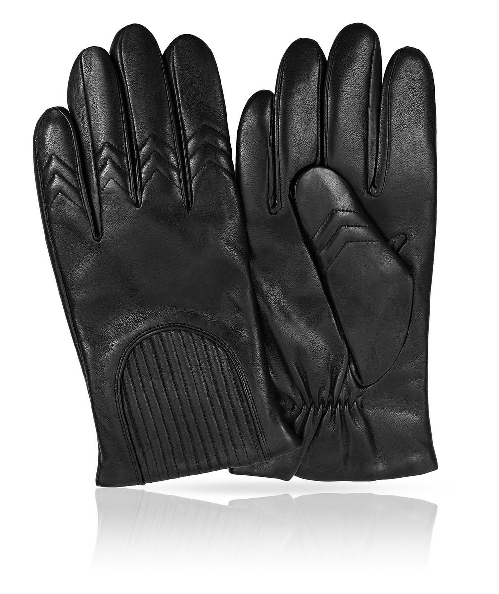 K11-CAVILE/BLМужские перчатки Michel Katana не только защитят ваши руки, но и станут великолепным украшением. Перчатки выполнены из натуральной кожи, а подкладка - из высококачественной шерсти. Модель оформлена декоративными прострочками.