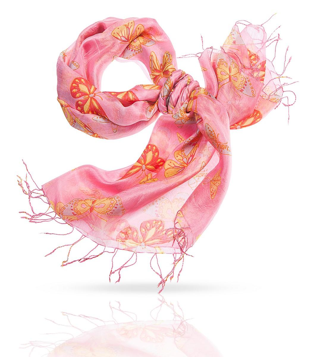 ПалантинS-BUTTERFLY/CANDYЖенственность и легкость этого очаровательного шелкового палантина делают его универсальным подарком для прекрасной дамы любого возраста - а если дама умеет любить себя, она и сама подарит себе эту радость. Даже в самом строгом деловом образе, дополненном этим аксессуаром, станет больше радости, нежности и света. Тончайшая фактура позволяет завязать палантин множеством разных способов, а если вы расправите палантин на плечах, вашу фигуру окружит сонм прекрасных бабочек. Что может быть очаровательнее?