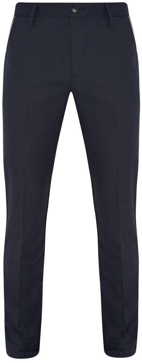 2L210111M/19299N/7979BМужские брюки oodji Lab выполнены из натурального хлопка. Модель Slim застегивается на пуговицу в поясе и ширинку на молнии. Имеются шлевки для ремня. Спереди расположены два втачных кармана и прорезной кармашек, сзади - два прорезных кармана на пуговицах. Изделие оформлено стрелками.