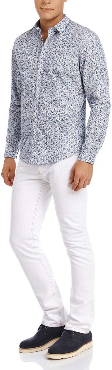 Рубашка3L110186M/19370N/1075FСтильная мужская рубашка oodji Lab выполнена из натурального хлопка. Модель с отложным воротником и длинными рукавами застегивается на пуговицы спереди. Манжеты рукавов дополнены застежками-пуговицами. Оформлена рубашка мелким контрастным принтом.