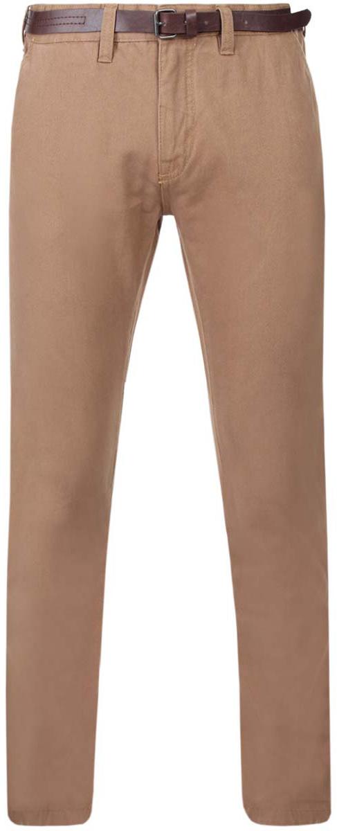 Брюки2B150015M/44203N/3500WСтильные мужские брюки oodji Basic выполнены из натурального хлопка. Модель прямого кроя и стандартной посадки застегивается на пуговицу в поясе и ширинку на застежке-молнии. Пояс имеет шлевки для ремня. Спереди изделие дополнено двумя втачными карманами и одним маленьким прорезным кармашком, сзади - двумя прорезными карманами на пуговицах. В комплект входит стильный ремень с металлической пряжкой.