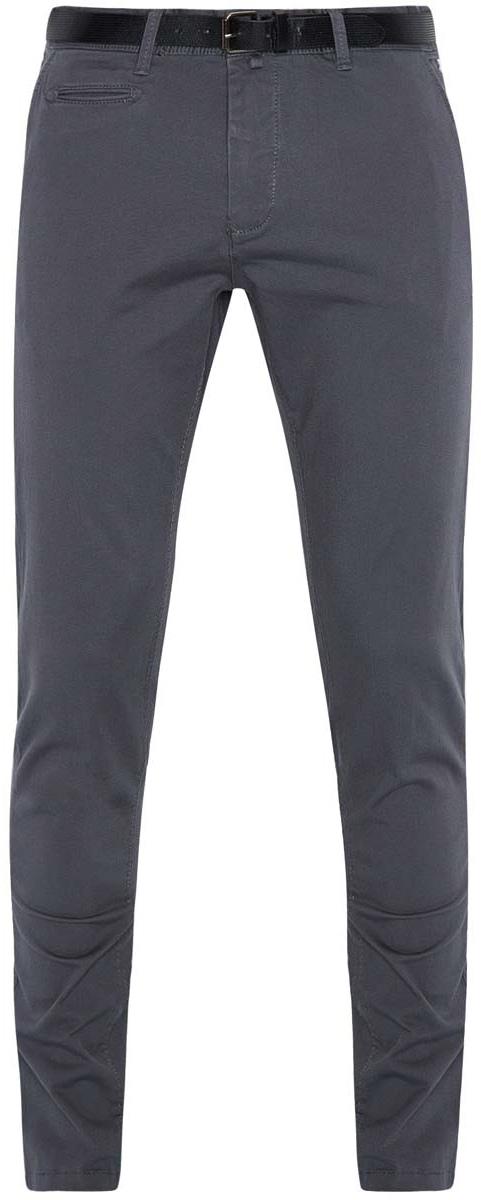 Брюки2B150018M/39139N/2300NМужские брюки oodji Basic выполнены из хлопка с добавлением вискозы. Модель-слим застегивается на пуговицу в поясе и ширинку на молнии. Имеются шлевки для ремня. Спереди расположены два втачных кармана и прорезной кармашек, сзади - два прорезных кармана. Также сзади имеется имитация прорезного кармашка. Прорезной карман дополнен хлястиком на пуговице. В комплект входит ремень из искусственной кожи, дополненный металлической пряжкой.