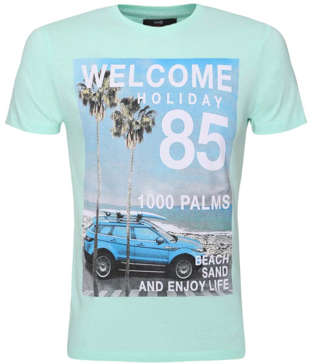 5L611269M/39485N/6575PМужская футболка oodji изготовлена из натурального высококачественного хлопка. Выполнена с круглым воротом и классическими короткими рукавами. Оформлена принтом с фотографией пейзажа отдыха у моря, дополнена надписями на английском языке.