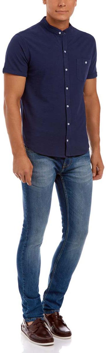 Рубашка5L412220M/44130N/7900NМужская трикотажная рубашка oodji из натурального хлопка имеет короткие рукава, карман слева на груди, застегивается на пуговицы спереди и на кармане.