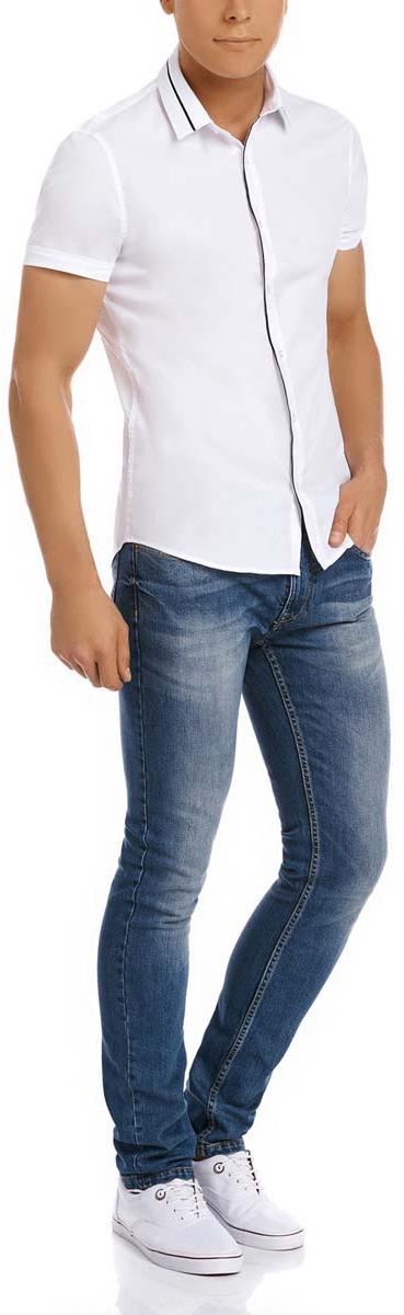 Рубашка3L240004M/34188N/1029BМужская рубашка oodji выполнена из эластичного хлопка с добавлением полиамида и полиуретана. Рубашка кроя extra slim с короткими рукавами и отложным воротником застегивается на пуговицы спереди.