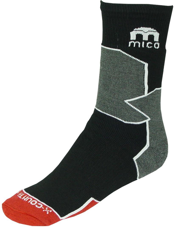 196_007Спортивные носки мужские. Официальная экипировка Итальянской нацианальной сборной по беговым лыжам. - Носки предназначены для беговых лыж, но также могут использоваться для занятий различными видами спорта, прогулок или для повседневной носки зимой - Небольшое содержание шерсти 17% добавляет тепла - Высокотехнологичные нити полиамида обеспечивают прочность изделию и также работают на отведение влаги - Лайкра повышает эластичность носка и сохраняет форму. - Волокна Микотекс - это 100% полипропиленовые материал очень мягкий и слегка пушистый. - Прекрасно впитывает влагу, быстро отводит ее от ноги и моментально сохнет. - Эти волокна обладают высокими термоизоляционными свойствами, поэтому носки очень теплые. - Плоские швы не натирают ногу при длительном использовании. - Дополнительные эластичные вставки в области голеностопа и в области стопы - Мягкая резинка по верху носка не сжимает ногу и не дает ощущения сдавливания даже при длительном...