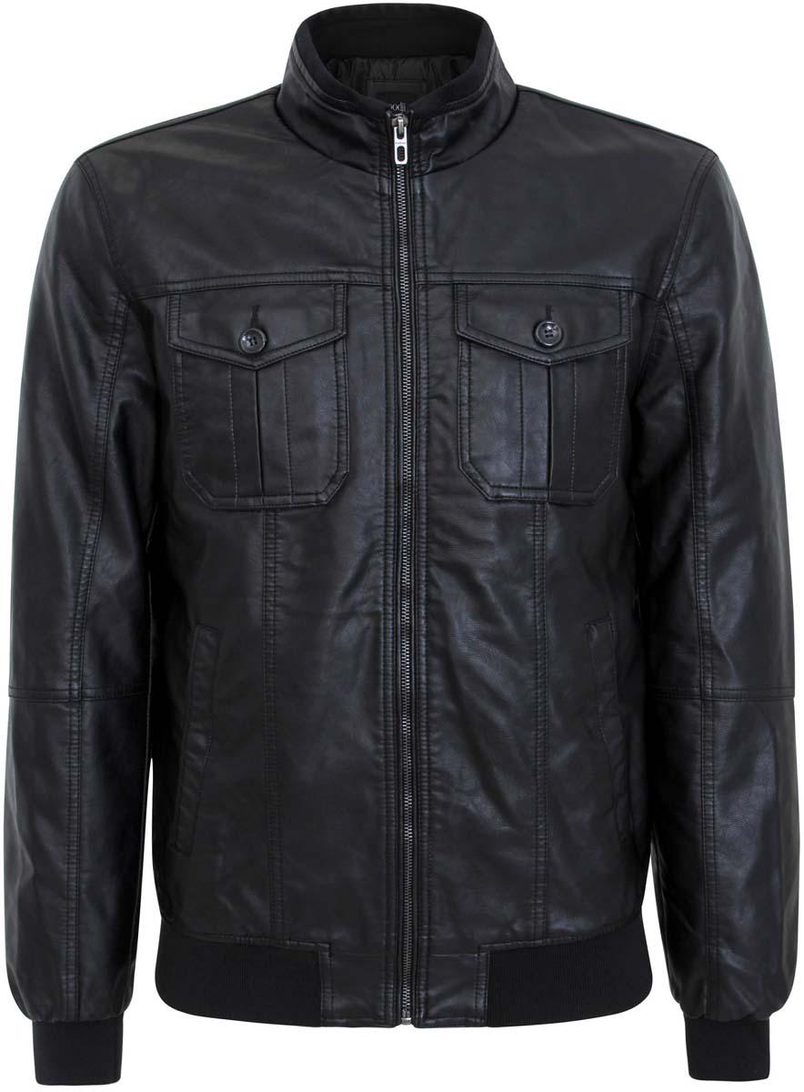 Куртка1L511041M/39350N/2900NМужская куртка oodji с центральной застежкой-молнией и воротником- стойкой выполнена из вискозы и полиэстера. Спереди куртка имеет два втачных кармана на застежках-кнопках, два накладных кармана с клапанами на пуговицах, также дополнена одним внутренним прорезным карманом на застежке-молнии. Рукава и низ куртки дополнены трикотажными резинками.