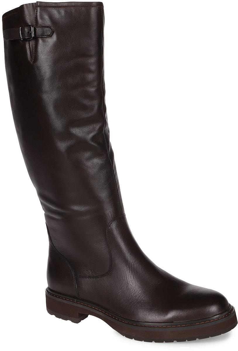91-149-11-5Стильные женские сапоги от Paolo Conte выполнены из натуральной кожи. Подкладка и стелька выполнены из байки. Застегивается модель на боковую застежку-молнию до середины голенища. Боковая сторона голенища оформлена ремешком с пряжкой. Подошва и невысокий каблук дополнены рифлением.