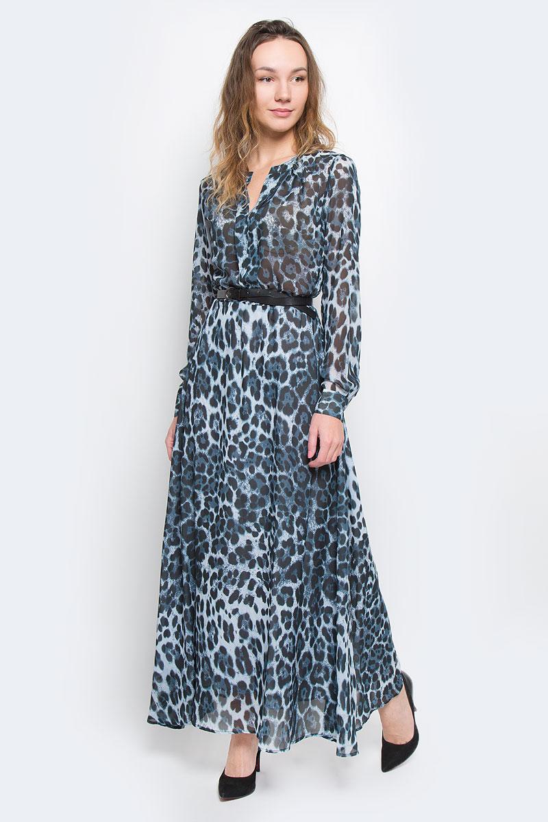 ПлатьеB455523Элегантное платье Baon макси длины придаст очарование и женственность своей обладательнице. Модель выполнена из струящегося шифона с модным леопардовым принтом, юбка дополнена подкладкой. Платье с отрезной талией, круглым вырезом горловины с V-образным углублением в зону декольте и длинными рукавами. Рукава оформлены манжетами на пуговицах. Акцент на талии создается при помощи ремешка из искусственной кожи. Ремень входит в комплект. Застежка-молния расположена сбоку. Изысканный наряд создаст обворожительный неповторимый образ. Приталенный силуэт подчеркивает стройность фигуры.