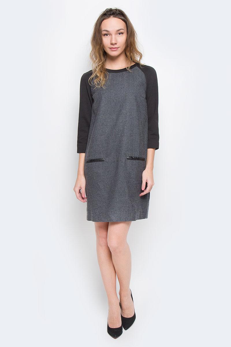 B455541Стильное платье Baon, выполненное из высококачественного плотного материала с подкладкой, обеспечит вам тепло и безупречный внешний вид. Модель прямого свободного кроя с трикотажными укороченными рукавами-реглан и круглым вырезом горловины оформлена узором елочка. Изделие застегивается на скрытую пластиковую молнию на спинке. Спереди платье дополнено имитацией врезных карманов, декорированных полосками искусственной кожи. Это модное и в тоже время комфортное платье послужит отличным дополнением к вашему гардеробу. В таком платье можно отправиться на работу в холодную погоду.