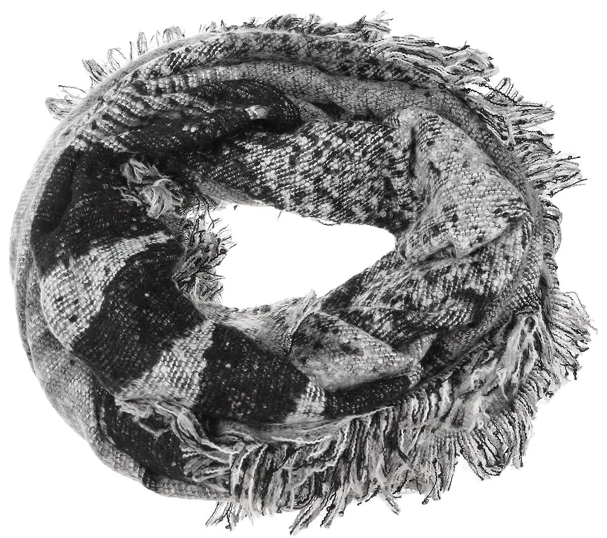 ПалантинYY-21662-22Элегантный и теплый палантин Sophie Ramage станет достойным завершением вашего образа. Палантин изготовлен из акрила и шерсти. Модель оформлена оригинальным геометрическим узором, а по краям дополнена бахромой. Палантин красиво драпируется, он превосходно дополнит любой наряд и подчеркнет ваш изысканный вкус. Такой палантин привнесет в ваш образ утонченность и шарм.