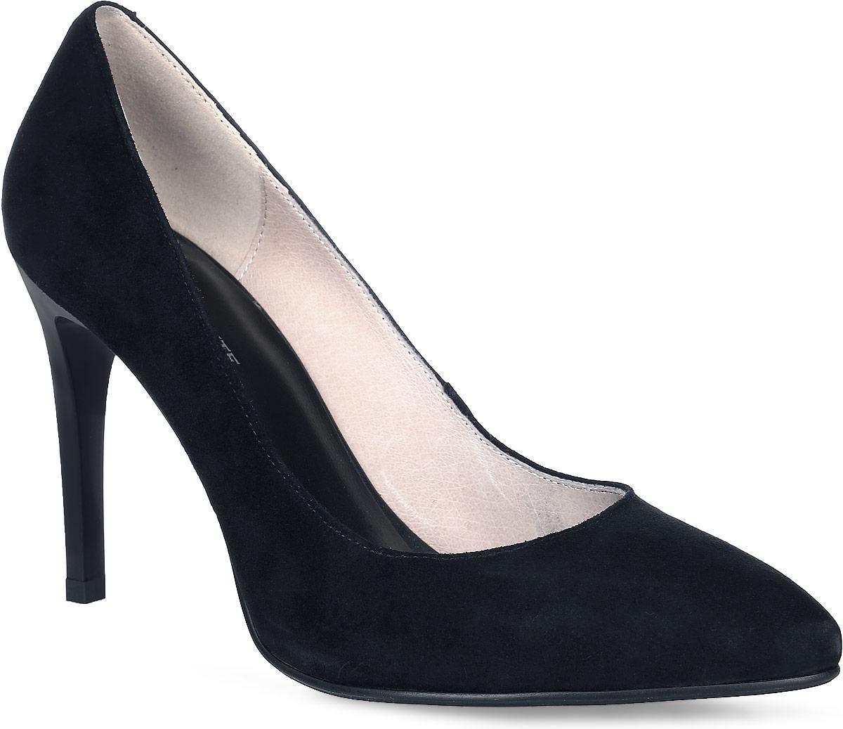 91-307-11-2Роскошные туфли от Paolo Conte покорят вас с первого взгляда! Модель выполнена из натурального велюра. Заостренный носок смотрится невероятно женственно. Внутренняя поверхность и стелька из натуральной кожи комфортны при ходьбе. Высокий каблук устойчив. Каблук дополнен рифлением.