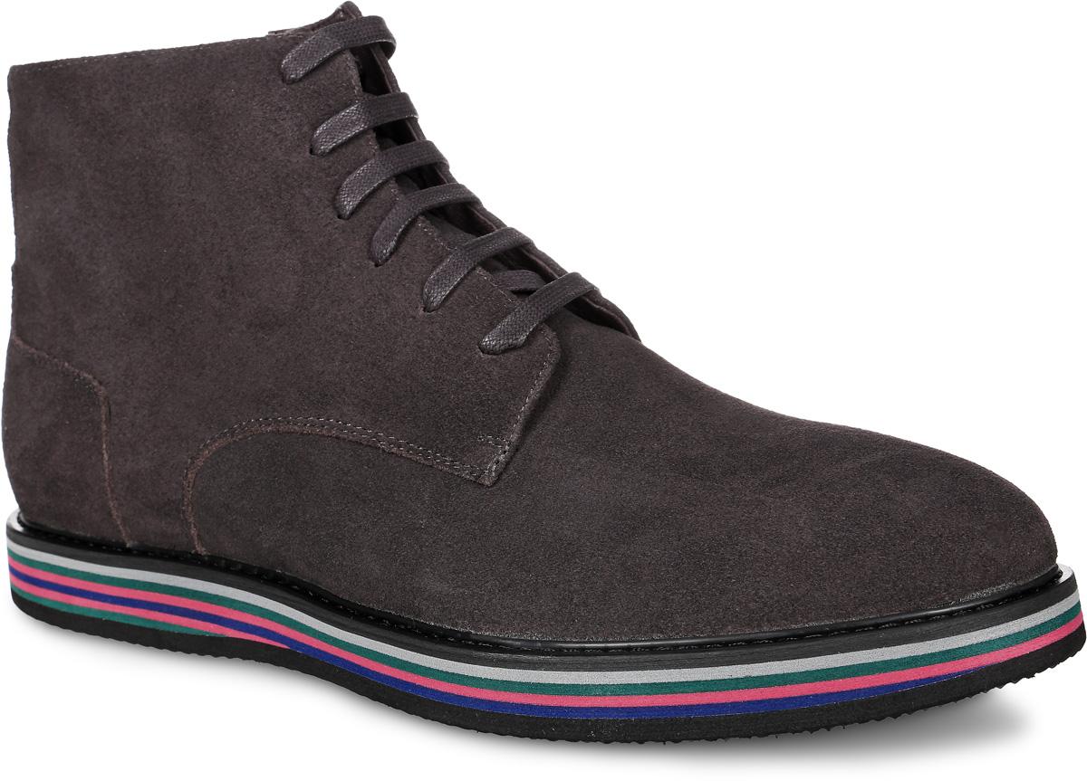 91-403-02-5Мужские ботинки от Paolo Conte выполнены из натурального велюра. Подъем модели оформлен шнуровкой, боковая сторона дополнена застежкой-молнией. Подкладка и стелька изготовлены из байки. Резиновая подошва оснащена рифлением.
