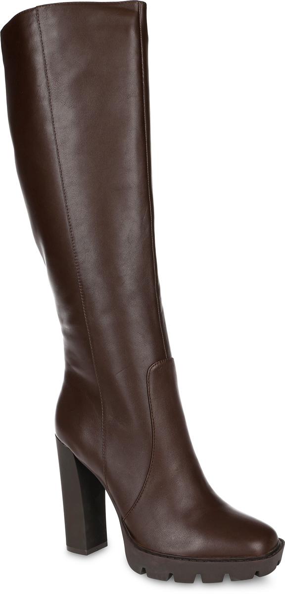 Сапоги91-131-01-5Стильные женские сапоги от Paolo Conte выполнены из натуральной кожи. Подкладка и стелька выполнены из байки. Застегивается модель на боковую застежку-молнию. Эластичные вставки на голенище обеспечивают идеальную посадку модели на ноге. Ультравысокий каблук компенсирован небольшой платформой. Подошва и каблук дополнены рифлением.