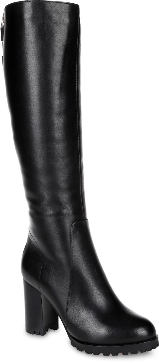 91-162-60-7Стильные женские сапоги от Paolo Conte выполнены из натуральной кожи. Вдоль задней части голенища модель оформлена декоративной молнией. Подкладка и стелька из натурального меха не дадут ногам замерзнуть. Модель застегивается на боковую застежку-молнию. Эластичные вставки на голенище обеспечивают идеальную посадку модели на ноге. Высокий каблук невероятно устойчив. Подошва и каблук дополнены протектором.